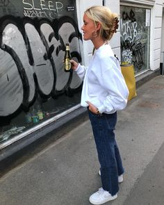 Slik ser du luksuriøs ut, uten midler: Mote-tips School Looks, Mode Outfits, Fashion Outfits, Womens Fashion, Denim Jacke, Danish Fashion, Mode Inspiration, Fashion Killa, Everyday Fashion