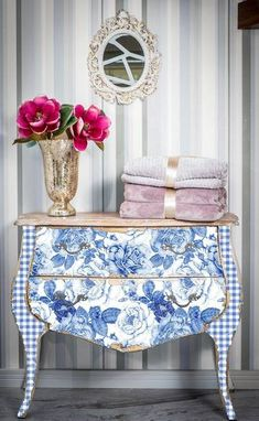 Adding That Perfect Gray Shabby Chic Furniture To Complete Your Interior Look from Shabby Chic Home interiors. Decor, Redo Furniture, Furniture Design Inspiration, Diy Furniture, Painted Furniture, Beautiful Furniture, Furniture Inspiration, Pretty Furniture, Shabby Chic Furniture