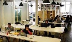 El coworking, una nueva filosofía de trabajo  La situación económica hace que surjan ideas novedosas para los emprendedores. Una de ellas es el coworking, un aforma de trabajar que además de ser económica amplia nuestra red de contactos