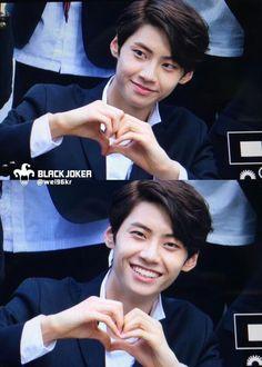 ACKKKKK!!!!!! EYE CONTACT + HEART?!!!!   { #Wei #LeeSungJun #UP10TION #U10T #Honey10 #TOPMedia #Kpop }