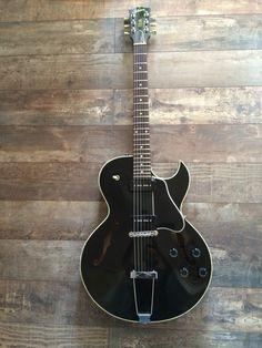 Gibson ES 135