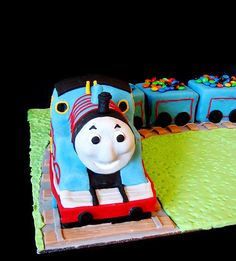 Thomas the Tank Engine Cake by phillipascakes, via Flickr