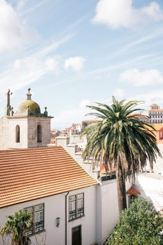Spring in Porto Portugal | photography by http://www.izzieraephotoblog.com