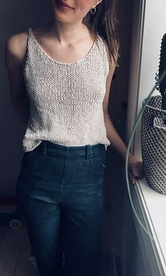 knit top Ravelry: Nordic Summer Top pattern by Witre Design Summer Knitting Projects, Free Knitting Patterns For Women, Estilo Hippy, Purl Bee, Festival Tops, Knitted Tank Top, Top Pattern, Pulls, Crop Tops