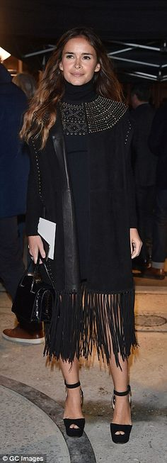 Olivia Palermo goes for bohemian glamour in swishing black ensemble