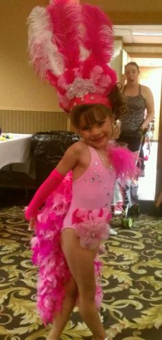 I wonder if I could do something like this myself. Baby Pageant, Glitz Pageant, Pageant Wear, Girls Pageant Dresses, Dance Dresses, Cute Dance Costumes, Running Costumes, Girl Costumes, Showgirl Costume