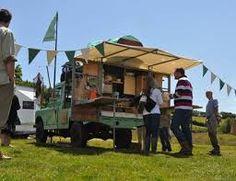 Hugh Stanley What's Hisnames mobile kitchen Mobile Bar, Mobile Shop, Safari Jeep, Land Rover Off Road, Mobile Food Trucks, River Cottage, Coffee Truck, Vintage Caravans, Land Rover Defender