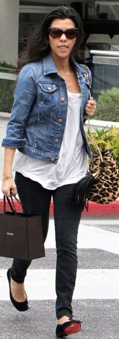 kourtney kardashian black skinny jeans