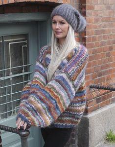 Strikkekit til Tilda multifarvet mohair cardigan - Køb her Cardigan Pattern, Crochet Cardigan, Knit Crochet, Afghan Crochet Patterns, Knitting Patterns, Mohair Sweater, Crochet Clothes, Knitwear, Striped Knit