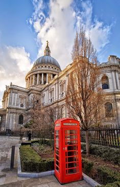 Paul's Cathedral, London (by Gerard McAuliffe) - St. Paul's Cathedral, London (by Gerard McAuliffe) England And Scotland, England Uk, Travel England, Travel Around The World, Around The Worlds, Big Ben, Living In England, Westminster Abbey, London Travel