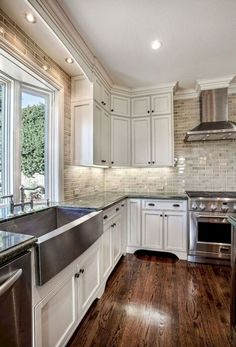85 Greatest Farmhouse Kitchen Sink Design Ideas http://probathroomidea.info/85-greatest-farmhouse-kitchen-sink-design-ideas/
