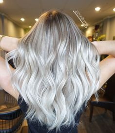 Non brassy blonde hair color luxury redken shades eq clear hair pin Platinum Blonde Hair Color, Icy Blonde, Blonde Hair With Highlights, Platinum Highlights, White Blonde, Blonde Shades, Platnium Blonde Hair, Super Blonde Hair, White Ombre Hair