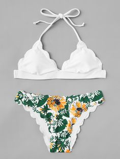 Shop Scallop Halter Top With Floral Print Bikini Set at ROMWE, discover more fashion styles online. Bathing Suits For Teens, Cute Bathing Suits, Pretty Swimsuits, Cute Bikinis, Swimwear Fashion, Bikini Fashion, Swimsuit With Shorts, Girls Football Boots, Bikini Types