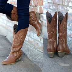 Very Volatile: Raspy Cowgirl Boots {Taupe} - The Fair Lady Boutique - 5