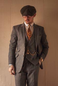 Mens 20s Fashion, Suit Fashion, Vintage Fashion, Roaring 20s Mens Fashion, 1920s Suits, Dapper Suits, Mens Suits, Tweed Suits, Peaky Blinders