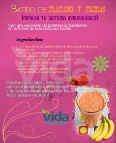 Batido de plátano y fresas: Ver más recetas en http://www.lavidalucida.com/search/label/Batidos