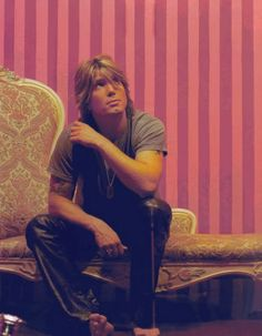 John Rzeznik- Goo Goo Dolls - I LOVE this picture.  It's as if he's looking at an angel...