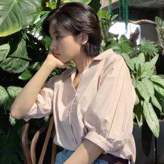 Lee Joo Young 🌈ig: i_icaruswalks Short Hair Tomboy, Girl Short Hair, Short Hair Cuts, Tomboy Hairstyles, Cool Hairstyles, Tomboy Haircut, Cut My Hair, New Hair, Lee Joo Young Hair
