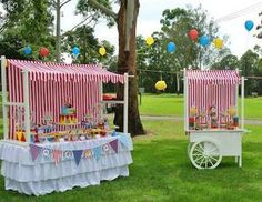 candy bar carrito - Buscar con Google Carnival Birthday Parties, Circus Party, Bar Deco, Candy Cart, Carnival Themes, Ideas Para Fiestas, Candy Table, Childrens Party, Unicorn Party