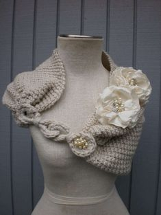 Ooo. This lovely crocheted bridal shrug comes from Etsy's denizy03