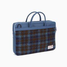 Sweetch briefcase L navy x Harris tweed