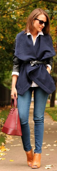Navy cozy oversized-style coats for fall, crisp button-down, skinny jeans