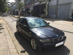 Nhà cần bán xe BMW 325i 2206  màu đensố tự độngnội thất da