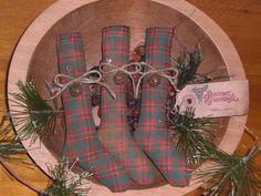 Primitive Christmas Plaid Stocking Bowl Fillers