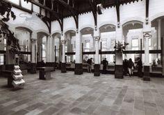 Historisch Centrum Leeuwarden - Beeldbank Leeuwarden loketten postkantoor tweebaksmarkt 1984
