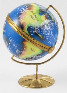"""Earth"" Limoges Box"