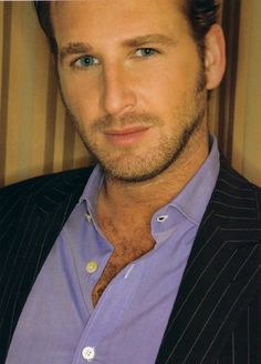 josh lucas - Those eyes......wow.  Loved him in Second Hand Lions.  Even though it was a small part, he was the perfect adult Walter.