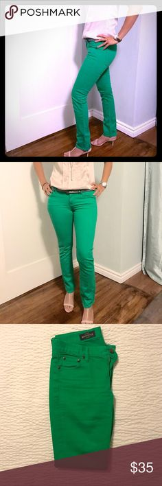 "Like new J Crew matchstick green jeans Beautiful green matchstick jeans by J Crew. Dress them up with heels and a herringbone 3/4 sleeve jacket or dress them down with flats and your favorite cold shoulder tee. Like new, only worn a couple of times. Person in photo is 5'6"" 125lbs. Super clean from a smoke free home. J. Crew Jeans Skinny"