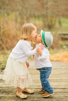 Il filo del cuore ....Ricami: Fare amicizia....