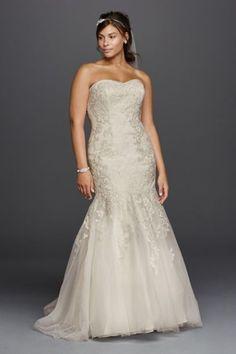 Lace Sweetheart Neckline Plus Size Wedding Dress 9WG3800