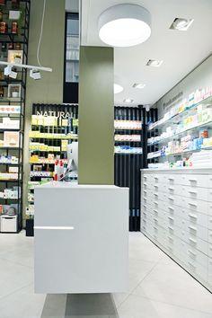 Mostrador y cajoneras Farmacia Ajuntament