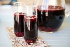 Thanksgiving cocktail: Pomegranate Cranberry Sangria for a Crowd | Thanksgiving.com