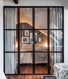 88+ Amazing Studios Apartment with Glass Divinding Wall Ideas #apartmentdecor #apartmentideas #apartmentdecoratingideas