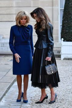 Brigitte Macron and Raina of Jordan Mar 2019 Classy Outfits, Chic Outfits, Fashion Outfits, French First Lady, Beaux Couples, Brigitte Macron, Style Royal, Business Outfits Women, Royals
