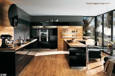 Noir et bois : le nouvel emblème de la cuisine chic