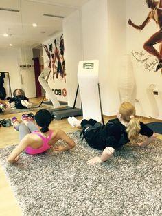 Te pregatesti de concediu dar inca nu esti multumit de corpul tau? Programeaza-te acum pentru cele mai rapide si rezultate. #XBody #Fitness #Iasi 0755 038 836 www.xbody-iasi.com