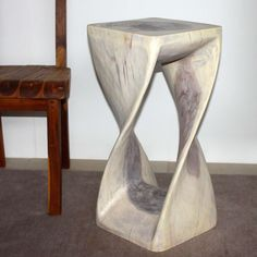 Twisty Stool For Indoor Decoration ~ http://www.lookmyhomes.com/find-the-uniqueness-of-twisty-stool-for-indoor-decoration/