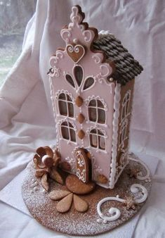It's time for some Christams Baking - here are some creative Gingerbread House ideas. Be inspired by everything from gingerbread cookies to villages. Gingerbread Village, Christmas Gingerbread House, Christmas Sweets, Christmas Cooking, Noel Christmas, Christmas Goodies, Gingerbread Man, Gingerbread Cookies, Xmas
