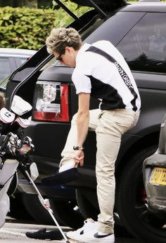 Niall golfing today