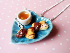 Talerzyk z ciastkami i herbatą w vivi4n na DaWanda.com