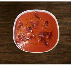 Wassermelone Gazpacho mit Iberischem Schinken   #Schinken #IberischerSchinken #IbericoSchinken #Food #Essen #Gourmet  #Gourmet Essen #PataNegra #PataNegraSchinken #Ham #Lebensmittel #Schweiz #Switzerland #Foodie #Gazpacho Gazpacho, Thai Red Curry, Ethnic Recipes, Food, Watermelon, Easy Recipes, Switzerland, Foods, Eten