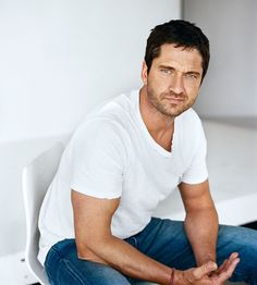 Gerard Butler Interview and Pics - Gerry Butler Bio