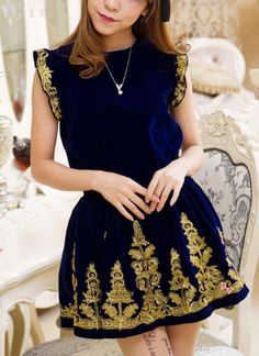 Princess Embroidery Velvet Dress in Blue/Black<br/><div class='zoom-vendor-name'>By <a href=http://www.ustrendy.com/denise118>penny</a></div>