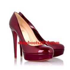 Get the must-have pumps of this season! These Christian Louboutin Bianca Burgundy Pumps are a top 10 member favorite on Tradesy. Red Heels, High Heels, Shoes Heels, Red Pumps, Burgundy Pumps, Cl Shoes, Shoes Men, Look Fashion, Fashion Shoes