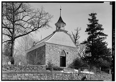 1.  GENERAL VIEW OF FRONT WITH ENTRANCE AND SIDE - Old Dutch Reformed Church, Albany Post Road (U.S. Route 9), Tarrytown, Westchester County, NY
