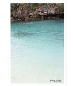 Weekuri lake is like a pool nature with sea water#indonesia#travellingindonesia#travel#exploresumba#exploreindonesia#sea#sumba#sumbatimur#sumbaisland#travel#traveling#travelgram#exploreeverything#indonesia_photography#nature#trip#canon#explore#sumbabarat#white#blue##photographer#explorenature#world#amazingplace#god#thankyou#masterpiece#sea#lake#rock by viravanessa